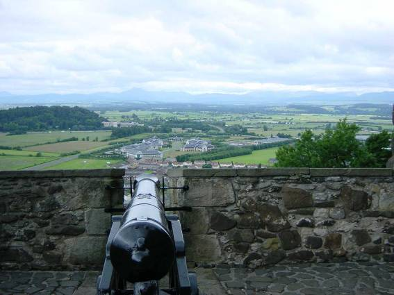 Dsc00201 Cannon view of NW at Stirling hi res.jpg (99573 bytes)