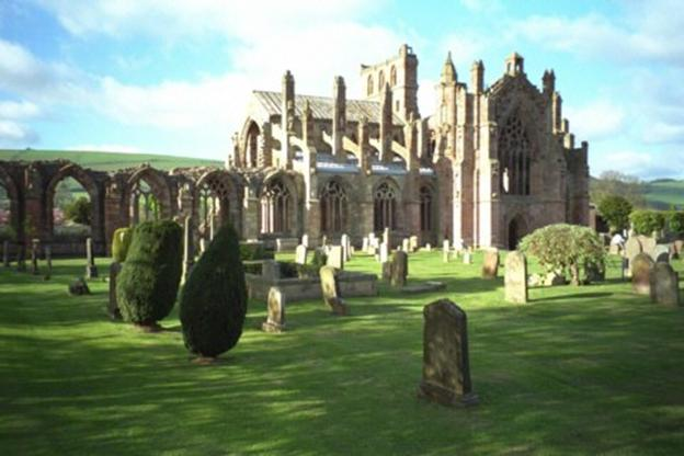 Schottland, Melrose Abbey, Friedhof
